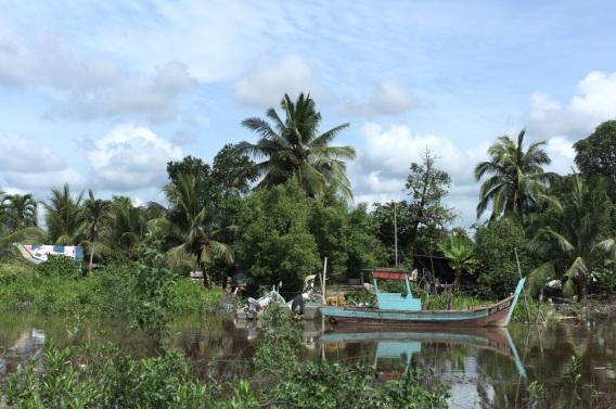 Fischerboot in der Region Senggarang
