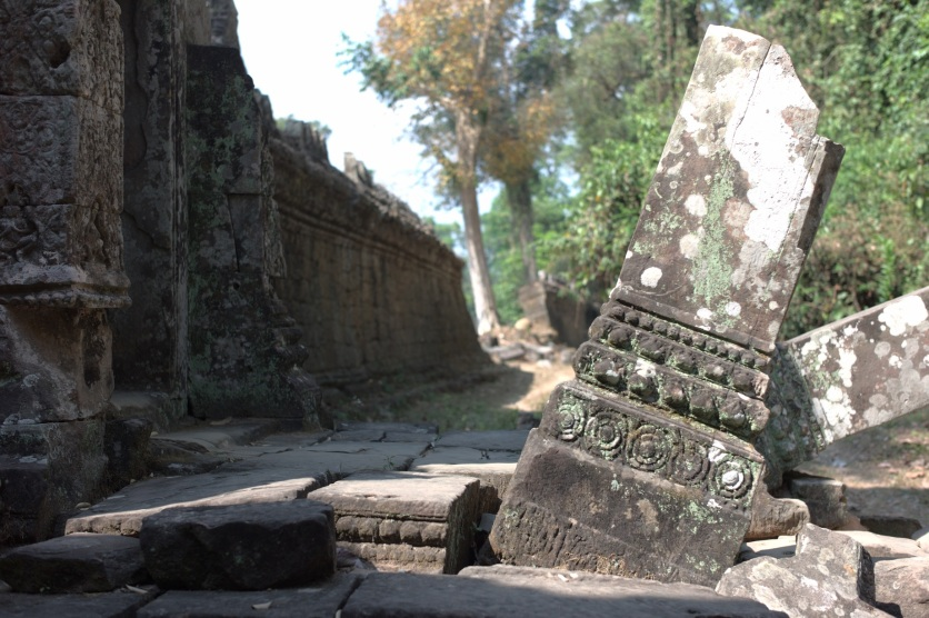 Am Westzugang zum Wat Ta Phrom