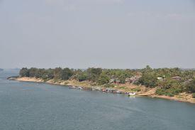Uferzone des Mekong bei Stung Treng