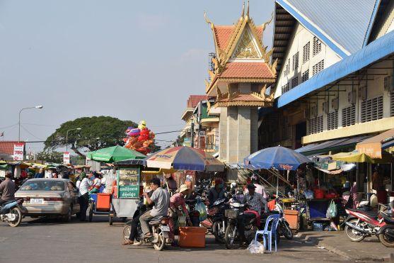 Am Markt in Stung Treng